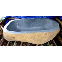 Baignoire en pierre