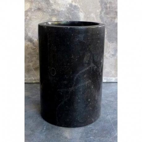 Gobelet en marbre noir poli