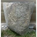Lavabo de piedra sobre pie
